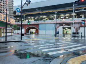 ゴールデンウィーク:新橋駅前